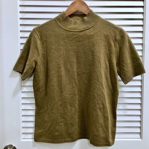 Tops - Sweater shirt with high neck in olive green